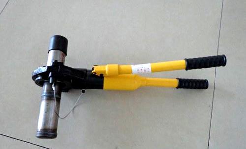 钳压式声测管